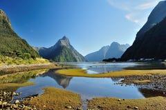 Milfordgeluid, Nieuw Zeeland Stock Afbeeldingen