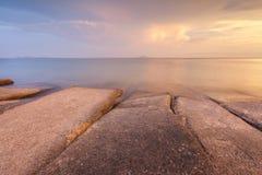 75 milhão anos de Shell fóssil velho em Krabi, Tailândia Fotos de Stock