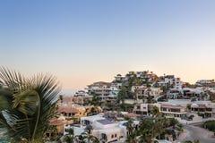Milhão opiniões do dólar em Cabo San Lucas imagens de stock