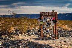 6 milhas à pista… Imagens de Stock Royalty Free