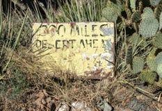 300 milhas de deserto adiante Imagem de Stock Royalty Free