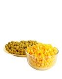 Milho e ervilha enlatados Fotografia de Stock Royalty Free