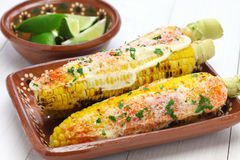 Milho grelhado mexicano, elote fotografia de stock royalty free