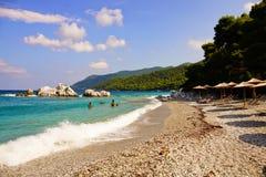 Milia wyrzuca? na brzeg, Skopelos obrazy royalty free