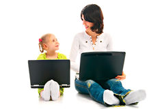 Miliampère e criança com portátil Foto de Stock