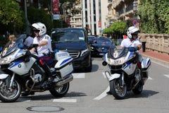 Milicyjna motocyklista eskorta książe Monaco Zdjęcia Royalty Free