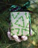 Milieu Kerstmisgift Stock Afbeeldingen
