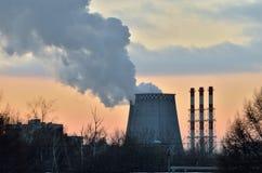 Milieuprobleem van milieuvervuiling en lucht in grote steden Stock Foto
