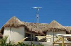 Milieuvriendelijk huis Stock Foto's