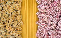 Milieux abstraits colorés contrastants de pâtes Photo stock