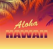Milieux au néon tropicaux avec le lettrage floral d'Aloha Hawaii et silhouettes de palmettes pour le T-shirt, l'affiche de partie photos libres de droits