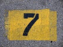 Milieux - numéro de parking photos stock