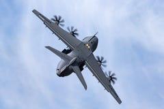 Militär-Airbus Verteidigung und Raum A400M Atlas Airbusses vier betriebenes großes Militär transportieren Flugzeuge F-WWMZ stockfoto