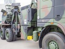 Militär bärgningsbil Arkivfoto