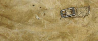 Militär eller för tygbakgrund för armé grov textur Royaltyfri Bild