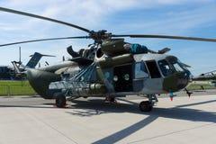 Militär flodhäst för transporthelikopterMil Mi-171 Royaltyfri Foto