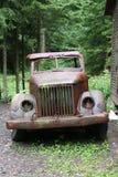 militär gammal lastbil Royaltyfri Bild