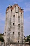 militär gammal sydlig watchtower för porslin Arkivbilder