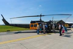 Militär helikopterKlocka UH-1 Iroquois Royaltyfria Foton