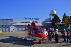 Militär helikopterutställning Arkivfoton