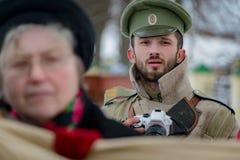 Militär-historische Rekonstruktion von Kämpfen von Zeiten des ersten Weltkriegs, Borodino, am 13. März 2016 stockbilder