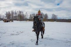 Militär-historisk rekonstruktion av kamper av tider av den första världen på det Borodino fältet på mars 13, 2016 royaltyfri bild