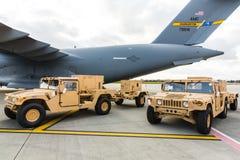 Militär hjälp till Ukraina Arkivbild