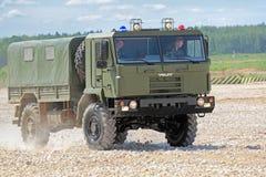 Militär lastbil VOLAT Arkivfoto