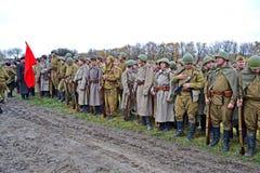 Militär rekonstruktion som ägnas för att frigöra Kiev. Royaltyfri Bild