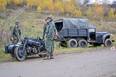 Militär rekonstruktion som ägnas för att frigöra Kiev. Fotografering för Bildbyråer