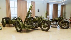 Militär retro motorcykel, en utställning av dethistoriska museet, Ekaterinburg, Verkhnyaya Pyshma, Ryssland, 05 03 2016 år Royaltyfri Foto