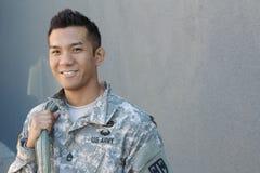 Militär stilig asiatisk arméman royaltyfri fotografi