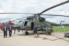 Militär transporthelikopter Mi-171Sh på flygshowen MAKS-2017 Royaltyfri Fotografi