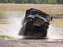 militär ural rysslastbil Fotografering för Bildbyråer
