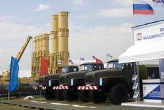 Militär utrustning som visas på den internationella rymdsalongen för MAKS Royaltyfri Fotografi