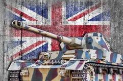 Militärbehälter mit konkreter Flagge Vereinigten Königreichs Stockbilder
