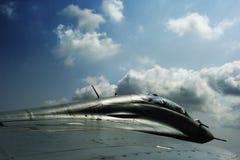 Militärdüsenflugzeug - Ansicht vom Flügel Lizenzfreie Stockfotografie