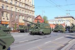 Militären ståtar hängivet till Victory Day i världskrig II i Mosc Fotografering för Bildbyråer