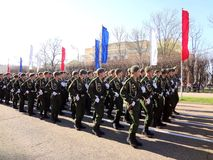 Militären ståtar i Ryssland Maj 9 Arkivfoto
