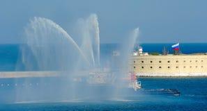 Militären ståtar i Sevastopol arkivfoton