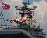 militären ståtar shipen Royaltyfri Foto