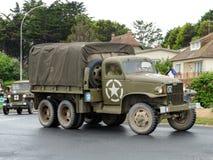 Militärfahrzeuge in Normandie für Invasionstag debarquement Feier Lizenzfreies Stockbild
