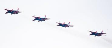 Militärflugzeug SU 27 Stockfotos