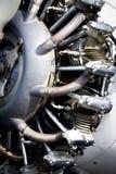 Militärflugzeugmotor und -auspuff der Weinlese lizenzfreie stockfotografie