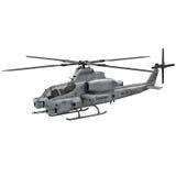 Militärhubschrauber Bell-AH Viper 1Z lokalisiert auf weißer Illustration 3D Stockfoto