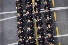 Militärparade, die Rumäniens Nationaltag feiert stockfotografie