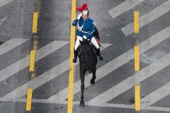 Militärparade, die Rumäniens Nationaltag feiert lizenzfreie stockfotos