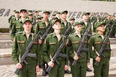 Militärparade am Tag des Eides, Ränge von Soldaten Lizenzfreie Stockfotos