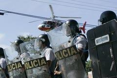 Militärpolizei stoßen zusammen Lizenzfreie Stockbilder