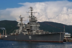 Militärschiff Kutuzov in Novorossiysk Lizenzfreies Stockfoto